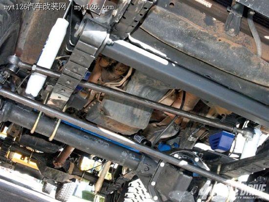 浅谈四驱硬轴越野车梯形转向系统改装高清图片