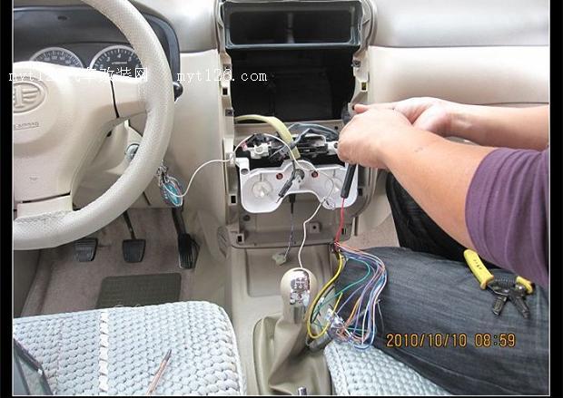 森雅m80导航一体机及喇叭安装,四门隔音及尾门控制作业