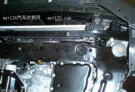11款逍客雷安装发动机护板 完美解决两大难题