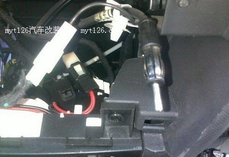 奇瑞A1改装原厂瑞虎CD主机高清图片