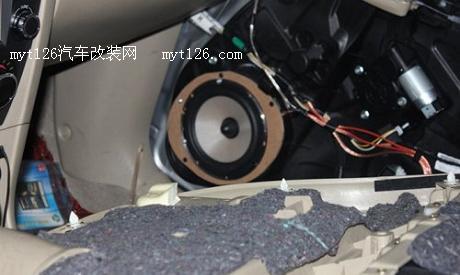 马自达3改装喇叭套装 加装功放及低音炮
