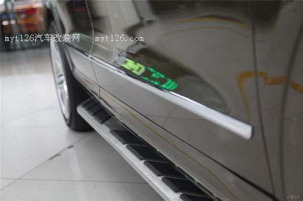 奥迪Q3改装中网排气雾灯等高清图片