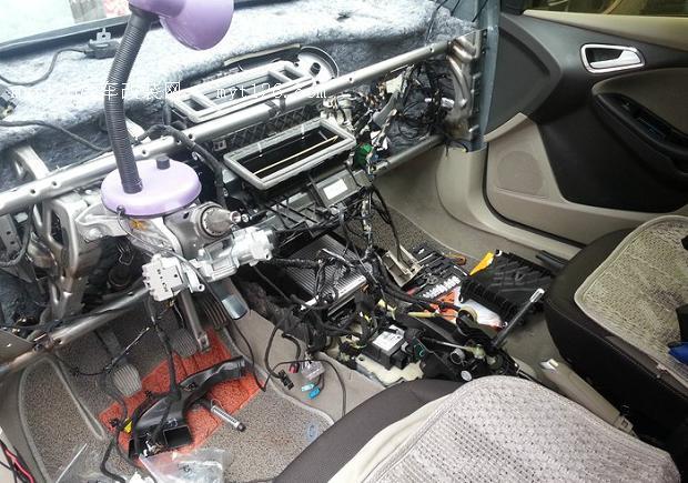 福克斯舒适手动空调改双区自动空调