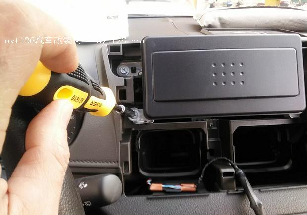 iS L 致炫加装CD机高清图片