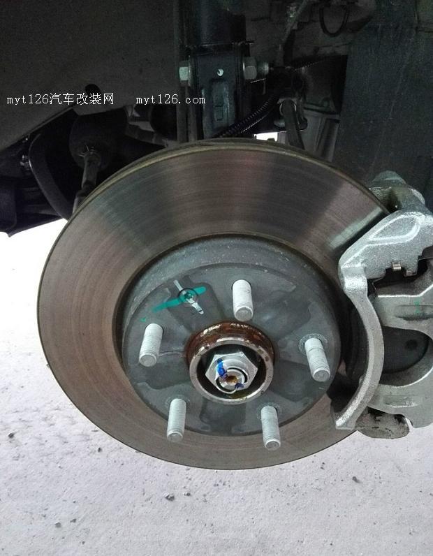 宝骏730底盘装甲作业