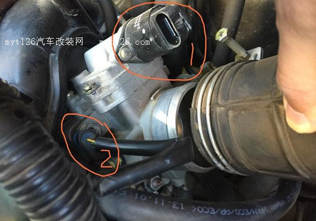 圈1是怠速电机,圈2是节气门位置传感器