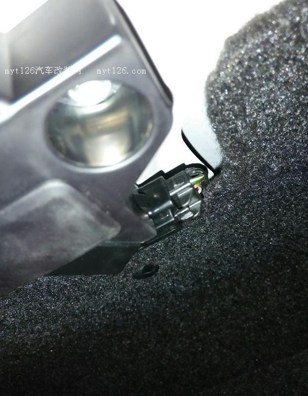 之2017款新威驰改装后备箱电动开启高清图片