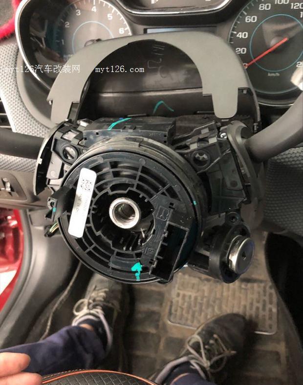 科鲁兹改装多功能方向盘